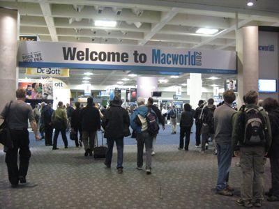 20100217_macworld2010_entrance