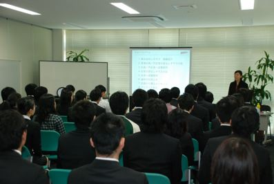 2011okinawa_setdumeikai.jpg