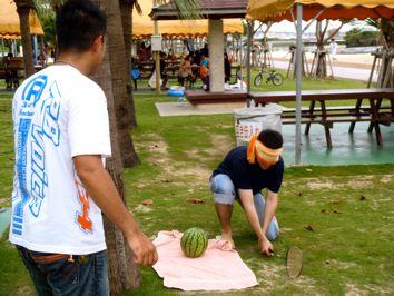 beach-party100626_2.JPG