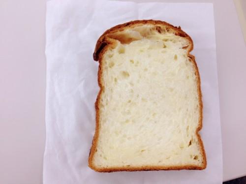 これはパン
